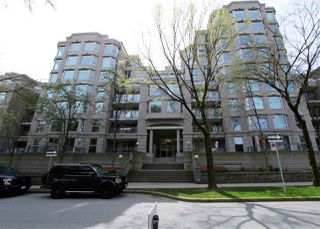 Main Photo: 811 500 W 10TH Avenue in Vancouver: Fairview VW Condo for sale (Vancouver West)  : MLS®# R2398228