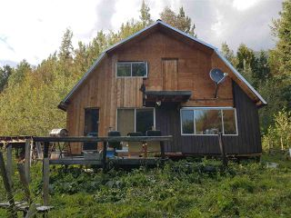 Photo 3: 7615 READ Road in Valemount: Valemount - Rural West House for sale (Robson Valley (Zone 81))  : MLS®# R2440556