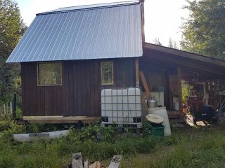 Photo 2: 7615 READ Road in Valemount: Valemount - Rural West House for sale (Robson Valley (Zone 81))  : MLS®# R2440556