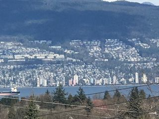 Photo 4: 3483 W 18TH Avenue in Vancouver: Dunbar House for sale (Vancouver West)  : MLS®# R2443811
