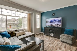 """Photo 4: 23635 111A Avenue in Maple Ridge: Cottonwood MR House for sale in """"Kanaka Creek Place"""" : MLS®# R2461858"""