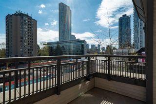 Photo 16: 414 10455 University Drive in Surrey: Condo for sale : MLS®# R2450602