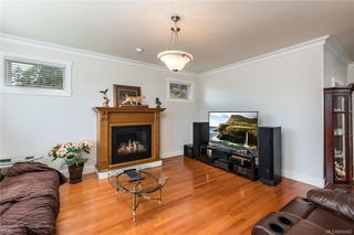Photo 10: 980 Cavalcade Terr in Langford: La Florence Lake Single Family Detached for sale : MLS®# 840462