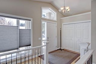Photo 5: 6023 LEWIS Drive SW in Calgary: Lakeview Detached for sale : MLS®# A1028692