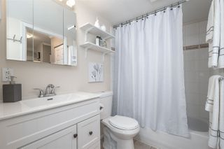 """Photo 13: 202 245 ST. DAVIDS Avenue in North Vancouver: Lower Lonsdale Condo for sale in """"BELLE ARBOUR"""" : MLS®# R2508014"""