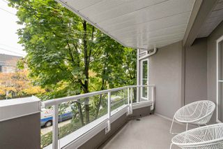 """Photo 15: 202 245 ST. DAVIDS Avenue in North Vancouver: Lower Lonsdale Condo for sale in """"BELLE ARBOUR"""" : MLS®# R2508014"""
