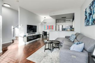 """Photo 5: 1265 RICHARDS Street in Vancouver: Downtown VW Townhouse for sale in """"OSCAR"""" (Vancouver West)  : MLS®# R2527798"""