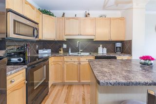 Photo 5: 1831 119 Street in Edmonton: Zone 55 House Half Duplex for sale : MLS®# E4170625