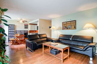 """Photo 3: 102 119 AGNES Street in New Westminster: Downtown NW Condo for sale in """"Park West Plaza"""" : MLS®# R2411485"""