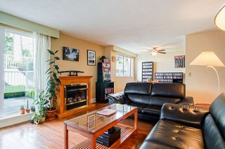 """Photo 4: 102 119 AGNES Street in New Westminster: Downtown NW Condo for sale in """"Park West Plaza"""" : MLS®# R2411485"""