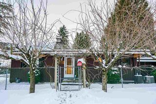 Main Photo: 15297 82 Avenue in Surrey: Fleetwood Tynehead House for sale : MLS®# R2429586