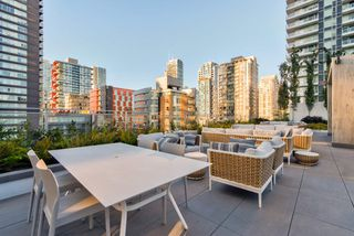 "Photo 22: 2001 499 PACIFIC Street in Vancouver: Yaletown Condo for sale in ""The Charleson"" (Vancouver West)  : MLS®# R2456013"