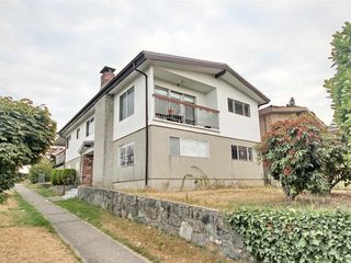 "Main Photo: 3514 PRICE Street in Vancouver: Collingwood VE House for sale in ""Collingwood"" (Vancouver East)  : MLS®# R2466330"