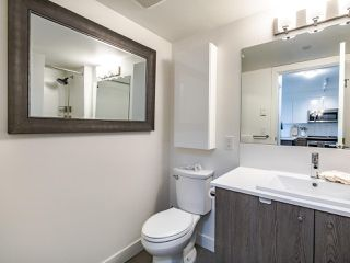 """Photo 13: 507 2525 CLARKE Street in Port Moody: Port Moody Centre Condo for sale in """"THE STRAND"""" : MLS®# R2493487"""