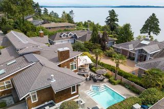 """Photo 3: 1317 132B Street in Surrey: Crescent Bch Ocean Pk. House for sale in """"Ocean Park"""" (South Surrey White Rock)  : MLS®# R2510484"""