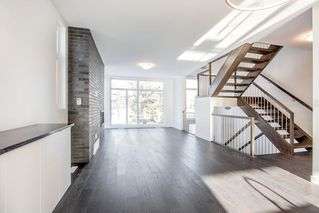 Photo 4: 9619 152 Street in Edmonton: Zone 22 House Half Duplex for sale : MLS®# E4221535
