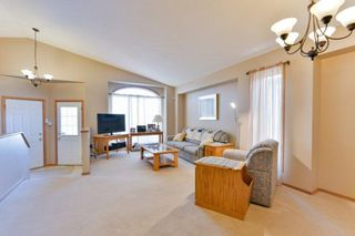 Photo 3: 112 Colebrook Drive in Winnipeg: Richmond West Residential for sale (1S)  : MLS®# 202100751