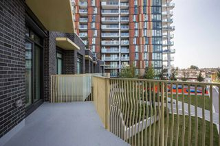 """Photo 11: 515 2508 WATSON Street in Vancouver: Mount Pleasant VE Condo for sale in """"THE INDEPENDENT"""" (Vancouver East)  : MLS®# R2397838"""