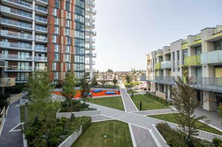 """Photo 12: 515 2508 WATSON Street in Vancouver: Mount Pleasant VE Condo for sale in """"THE INDEPENDENT"""" (Vancouver East)  : MLS®# R2397838"""