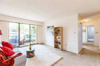 "Photo 3: 304 2885 SPRUCE Street in Vancouver: Fairview VW Condo for sale in ""FAIRVIEW GARDENS"" (Vancouver West)  : MLS®# R2399659"