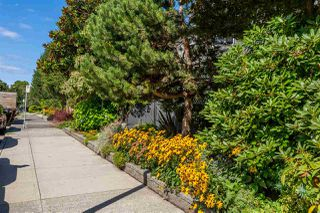"Photo 20: 304 2885 SPRUCE Street in Vancouver: Fairview VW Condo for sale in ""FAIRVIEW GARDENS"" (Vancouver West)  : MLS®# R2399659"