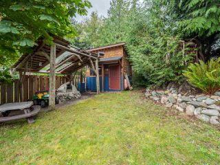 Photo 17: 5449 DERBY Road in Sechelt: Sechelt District House for sale (Sunshine Coast)  : MLS®# R2407433