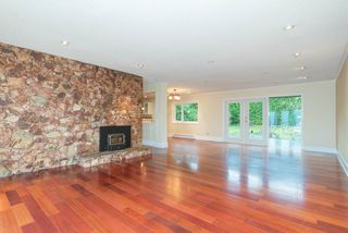 Photo 15: 667 BAYCREST Drive in North Vancouver: Dollarton House for sale : MLS®# R2414451