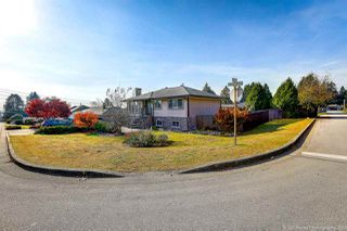 Photo 1: 442 DRAYCOTT Street in Coquitlam: Central Coquitlam House for sale : MLS®# R2417626