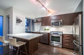 "Main Photo: 1288 CHESTERFIELD Avenue in North Vancouver: Central Lonsdale Condo for sale in ""ALINA"" : MLS®# R2460779"