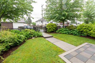 """Photo 3: 328 LORING Street in Coquitlam: Coquitlam West Townhouse for sale in """"CORA"""" : MLS®# R2461107"""