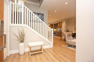 Photo 5: 7884 Lochside Dr in Central Saanich: CS Turgoose Row/Townhouse for sale : MLS®# 842786