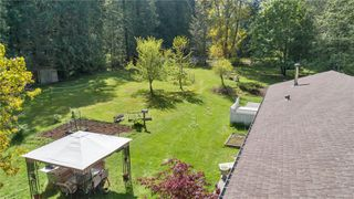 Photo 3: 8547 Lory Rd in : CV Merville Black Creek House for sale (Comox Valley)  : MLS®# 854130