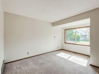 Photo 7: 6920 15 Avenue SE in Calgary: Applewood Park Detached for sale : MLS®# A1031724