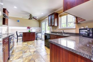 Photo 9: 8992 146A Street in Surrey: Bear Creek Green Timbers House for sale : MLS®# R2497318