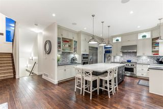 Photo 3: 106 MUNDY Street in Coquitlam: Cape Horn House for sale : MLS®# R2505931