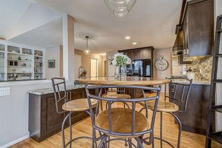 Photo 10: 398 Mountain Park Drive SE in Calgary: McKenzie Lake Detached for sale : MLS®# A1054034
