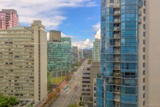 "Photo 3: 1114 1333 W GEORGIA Street in Vancouver: Coal Harbour Condo for sale in ""THE QUBE"" (Vancouver West)  : MLS®# R2527201"