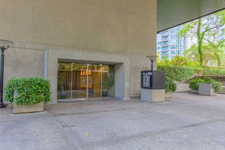 "Photo 15: 1114 1333 W GEORGIA Street in Vancouver: Coal Harbour Condo for sale in ""THE QUBE"" (Vancouver West)  : MLS®# R2527201"