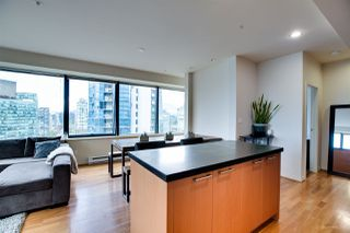 "Photo 6: 1114 1333 W GEORGIA Street in Vancouver: Coal Harbour Condo for sale in ""THE QUBE"" (Vancouver West)  : MLS®# R2527201"