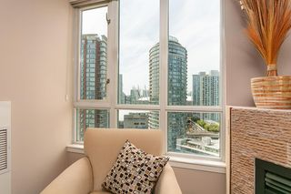 "Photo 6: 2101 63 KEEFER Place in Vancouver: Downtown VW Condo for sale in ""Europa"" (Vancouver West)  : MLS®# R2391970"