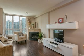 "Photo 4: 2101 63 KEEFER Place in Vancouver: Downtown VW Condo for sale in ""Europa"" (Vancouver West)  : MLS®# R2391970"