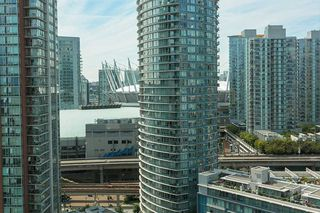 "Photo 3: 2101 63 KEEFER Place in Vancouver: Downtown VW Condo for sale in ""Europa"" (Vancouver West)  : MLS®# R2391970"