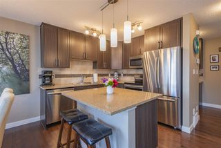 Photo 2: 25 2004 Trumpeter Way in Edmonton: Zone 59 Townhouse for sale : MLS®# E4169967