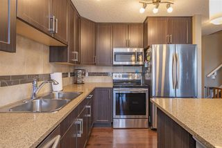 Photo 3: 25 2004 Trumpeter Way in Edmonton: Zone 59 Townhouse for sale : MLS®# E4169967
