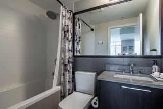 "Photo 14: 3207 2975 ATLANTIC Avenue in Coquitlam: North Coquitlam Condo for sale in ""GRAND CENTRAL 3"" : MLS®# R2401198"