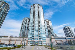 "Main Photo: 3207 2975 ATLANTIC Avenue in Coquitlam: North Coquitlam Condo for sale in ""GRAND CENTRAL 3"" : MLS®# R2401198"