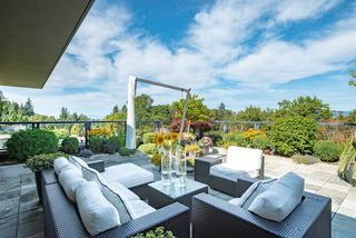 "Photo 2: 501 6063 IONA Drive in Vancouver: University VW Condo for sale in ""COAST"" (Vancouver West)  : MLS®# R2402966"