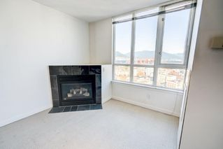 """Photo 4: 2706 63 KEEFER Place in Vancouver: Downtown VW Condo for sale in """"Europa"""" (Vancouver West)  : MLS®# R2418226"""