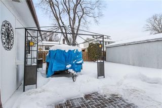 Photo 18: 35 Whitley Drive in Winnipeg: Meadowood Residential for sale (2E)  : MLS®# 202002464