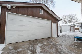 Photo 17: 35 Whitley Drive in Winnipeg: Meadowood Residential for sale (2E)  : MLS®# 202002464